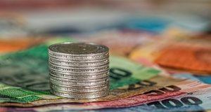 Минимальная и средняя зарплата в Португалии