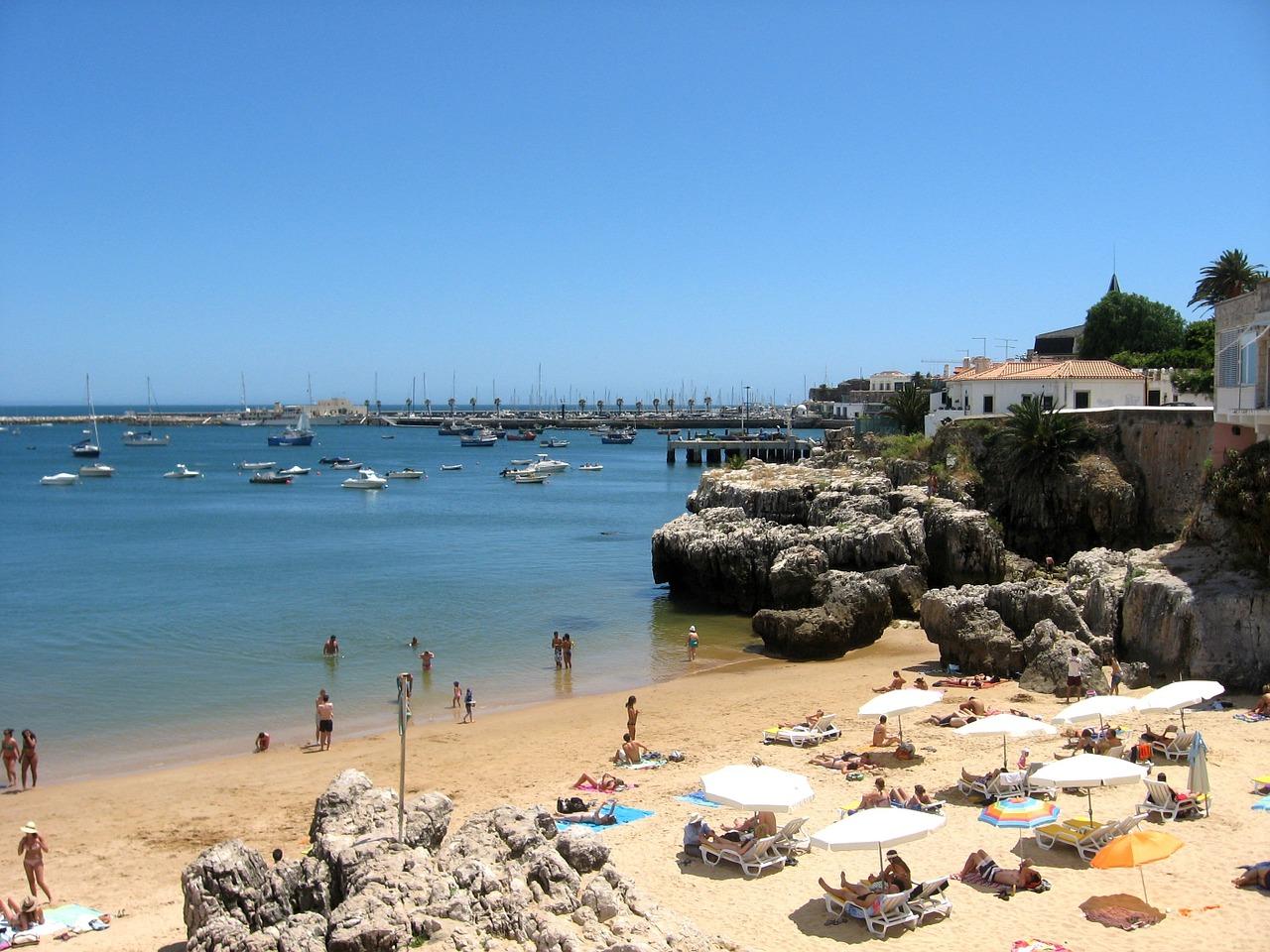 Лучшие пляжи и море в Португалии